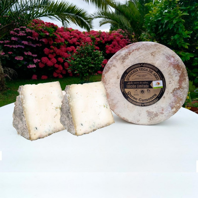 Cuña de queso 100% cabra Gamoneu del valle  350 gramos